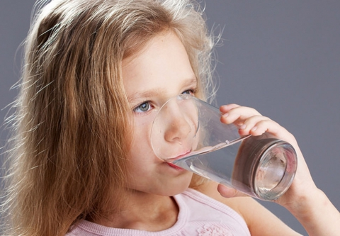 Girl drinking water, photo: Aqua Mechanical