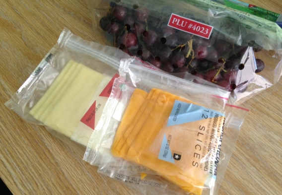Cheese & grapes in plastic